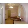 2-х комн.  шикарная кв-ра,  Академическая (Шкадинова) ,  транспорт рядом,  в отл. состоянии,  с мебелью,  встр. кухня,  проходно