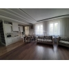3-х комнатная квартира,  Марата,  транспорт рядом,  шикарный ремонт,  с меб