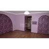 3-комнатная хорошая квартира,  Лазурный,  все рядом,  шикарный ремонт,  встр. кухня,  с мебелью,  автономное отопл. ,  охраняема