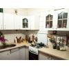 Цена снижена.  3-х комнатная шикарная кв-ра,  Даманский,  все рядом,  встр. кухня,  с мебелью