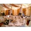 Готовитесь к свадьбе?   Лучшее оформление цветами только у нас!