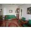 Недорого продается.  2-комнатная хорошая квартира,  центр,  Стуса Василия