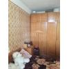 Недорого продается.  3-комнатная хорошая кв-ра,  Даманский,  Приймаченко Марии (Гв. Кантемировцев) ,  заходи и живи,  с мебелью