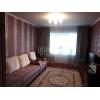 Недорого сдается трехкомн.  уютная кв-ра,  Днепровская (Днепропетровская) ,  в отл. состоянии,  с мебелью,  +коммун. пл
