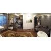 Отличный вариант.  2-комнатная светлая кв-ра,  Соцгород,  все рядом,  VIP,  встр. кухня,  с мебелью,  без коммун.  платежей