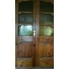 Продадим деревянную двустворчатую дверь