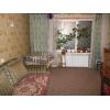 Продается 3-комнатная уютная кв-ра,  в престижном районе,  все рядом,  высокий цоколь,  есть подвал,