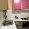 Продается двухкомнатная уютная кв-ра,  Даманский,  все рядом,  с евроремонтом,  с мебелью,  встр. кухня,  быт. техника,  конд,