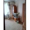 Продам.  трехкомнатная теплая кв-ра,  Соцгород,  все рядом,  в отл. состоянии,  с мебелью,  встр. кухня