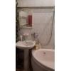 Прямая продажа.  трехкомнатная теплая квартира,  Мазура Дмитрия (М. Тореза) ,  рядом маг. Катерина,  автономное отопление, новая