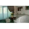 Снижена цена.  2-комнатная теплая квартира,  Соцгород,  Парковая,  транспорт рядом,  VIP,  с мебелью,  встр. кухня,  быт. техник