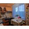 Снижена цена.  3-х комнатная квартира,  центр,  рядом р-н 35 школы,  заходи и живи,  встр. кухня