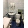 Снизили цену!  1-к кв-ра,  центр,  Дворцовая,  в отл. состоянии,  с мебелью,  +коммун.  платежи
