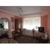 Срочная продажа!  3-комнатная хорошая кв-ра,  в престижном районе,  все рядом,  в отл. состоянии