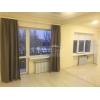 Срочно продам.  двухкомн.  теплая квартира,  Соцгород,  рядом ОШ №25,  шикарный ремонт,  быт. техника,  встр. кухня