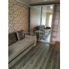 Срочно сдается 1-комнатная квартира,  все рядом,  шикарный ремонт,  с мебелью,  встр. кухня,  +счетчики.