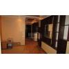 Торг!  трехкомнатная квартира,  Лазурный,  все рядом,  VIP,  встр. кухня,  с мебелью,  автономное отопл. ,  охраняемая терр. ,