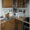 Всвязи с выездом.  3-х комн.  квартира,  Станкострой,  все рядом,  в отл. состоянии,  с мебелью,  встр. кухня