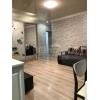Всвязи с выездом.  3-комнатная уютная кв-ра,  центр,  все рядом,  шикарный ремонт,  с мебелью,  встр. кухня,  субсидия.