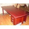 Продам новый директорский стол (красивый)